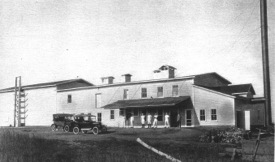 Borden creamery in Wallkill, circa 1910; credit Collection of Vivian Yess Wadlin