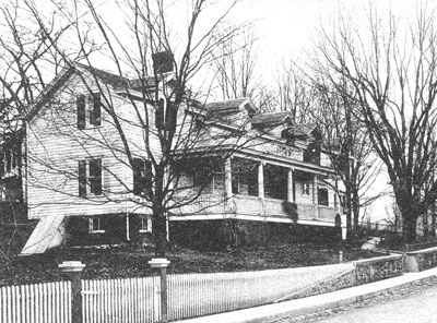 The house at 112 Plattekill Avenue in a 1908 post card.